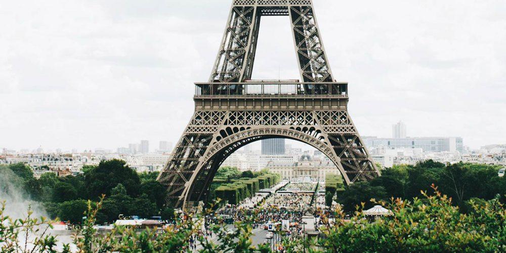 The Essential Paris Travel Guide & Map